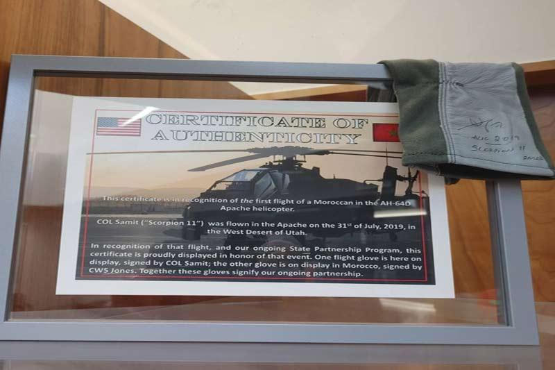 Formation intensive pour les pilotes et techniciens de l'Apache AH-64E des FRA